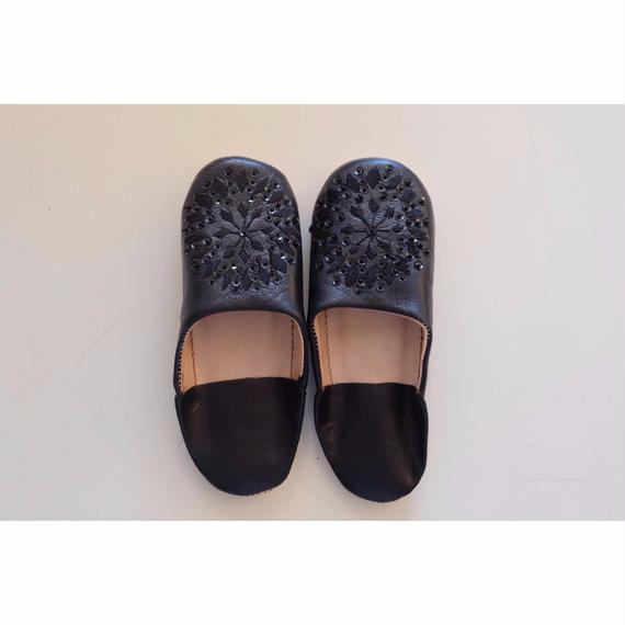 モロッコバブーシュ・黒×刺繍黒×黒スパンコール