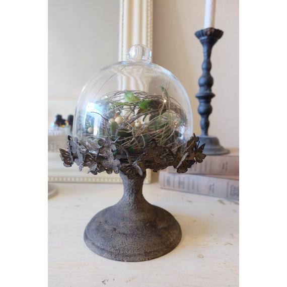 シャビーシックなガラスドーム
