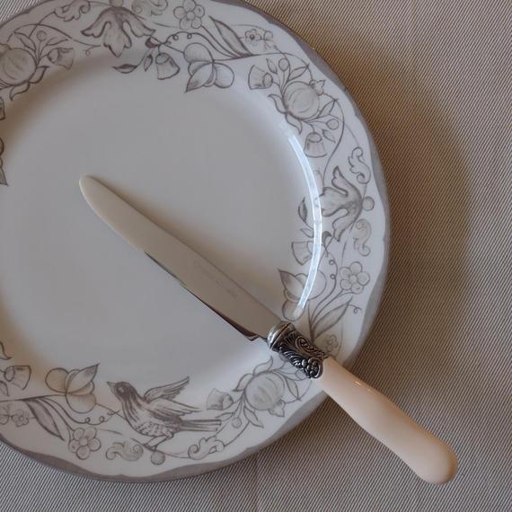 コントワール・ドゥ・ファミーユ Brasserie カトラリーディナーナイフ