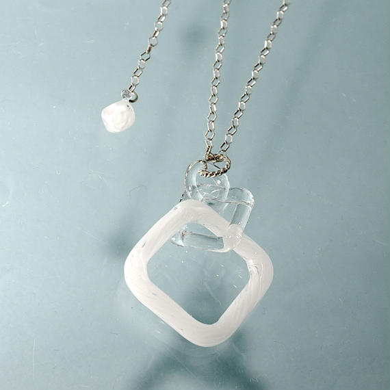 Square Necklace White スクエアネックレス ホワイト