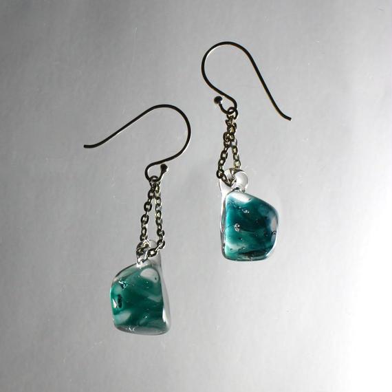 Emerald Earrings エメラルドピアス