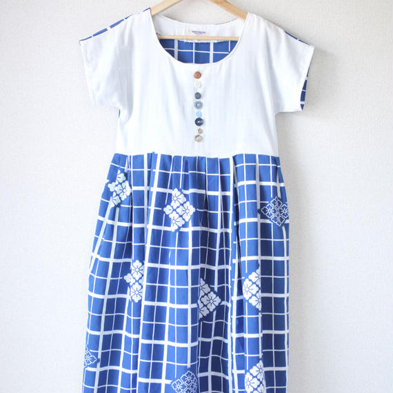 Summer white x blue one-piece dress (no.041)