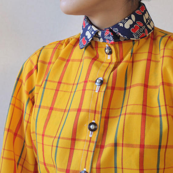 Retro yellow check pattern blouse (no.099)