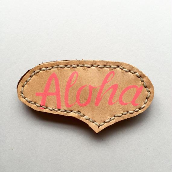 ALOHA LOGO レザーバッジ 01