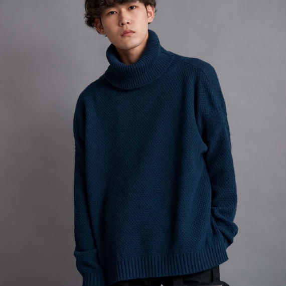 DISCOVERED TURTLE KNIT