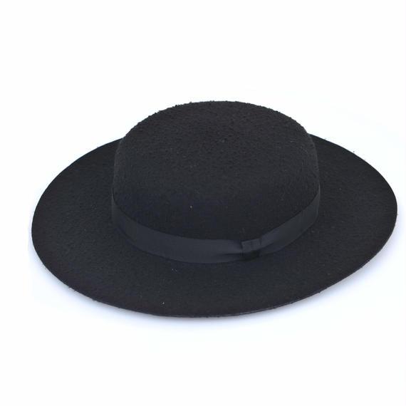 DISCOVERED FELT HAT