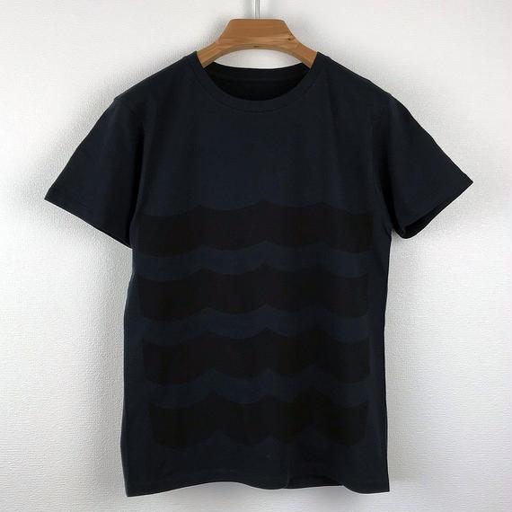 黒波図Tシャツ_濃紺