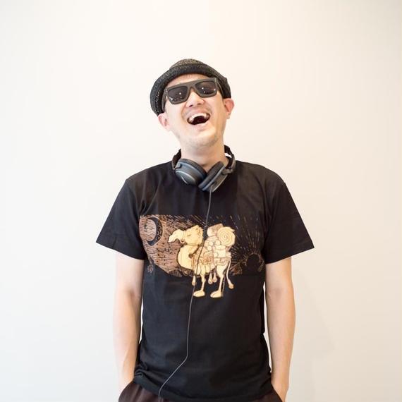 TRAVEL & Tシャツ ラクダ ブラックver