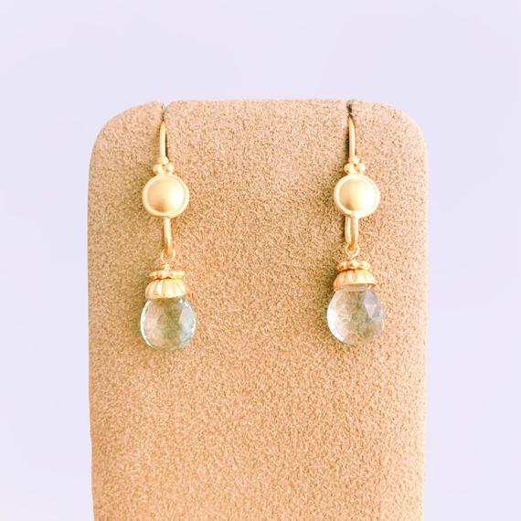 Petit Bell { Earrings } green amethyst
