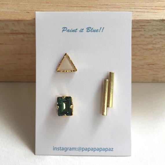 ピアスorイヤリング3Pセット/三角(ホワイト)・クリスタル(グリーン)・メタル棒《受注生産》