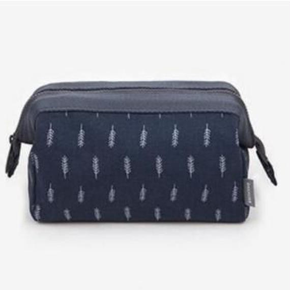 Large volume Make-up pouch