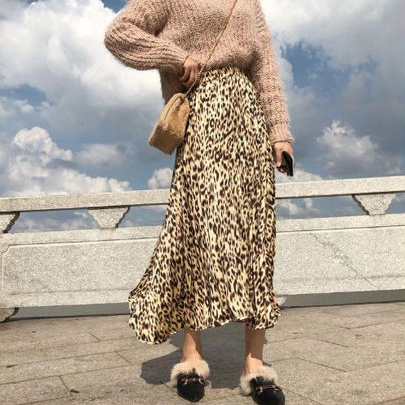 レオパード プリーツスカート ベージュ ロングスカート レオパード柄 ヒョウ柄 スカート ミモレ丈 フレア 大きいサイズ