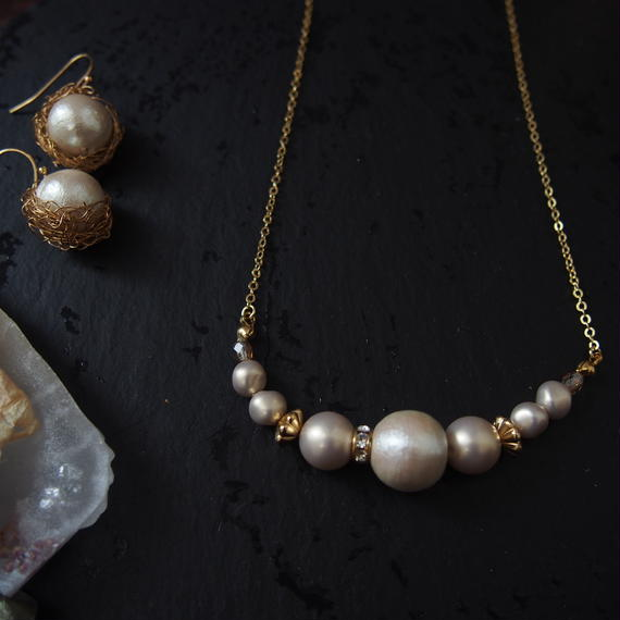 short peal necklace