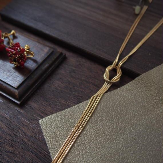 chain knot neckrace