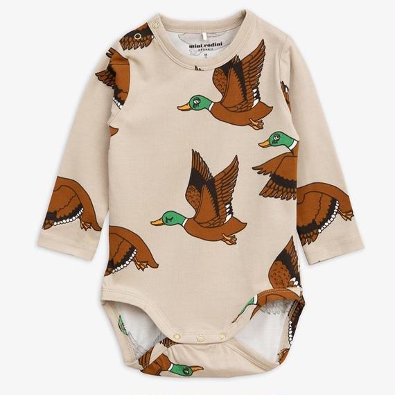 【 mini rodini 2018AW 】40120  Ducks aop ls body / beige / 68/74cm