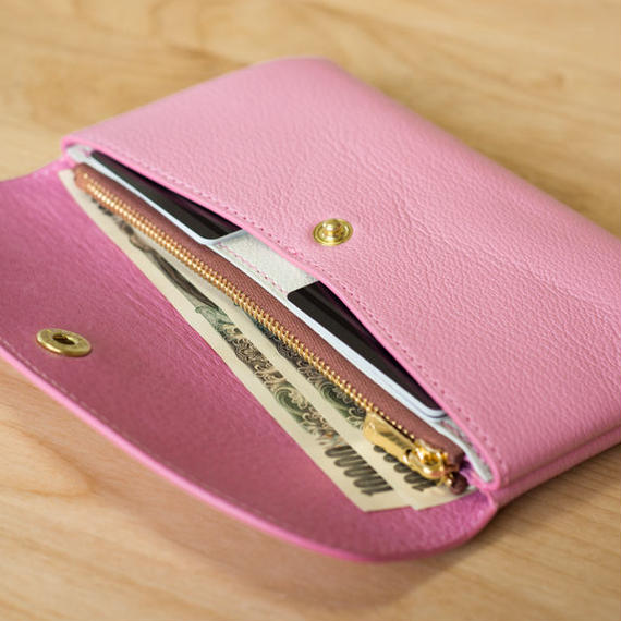 やわらかなレザーフラップ長財布(シェーブル・ピンク)