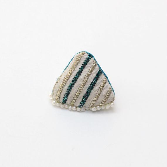 小さなキラキラ刺繍ブローチ002号【送料無料】