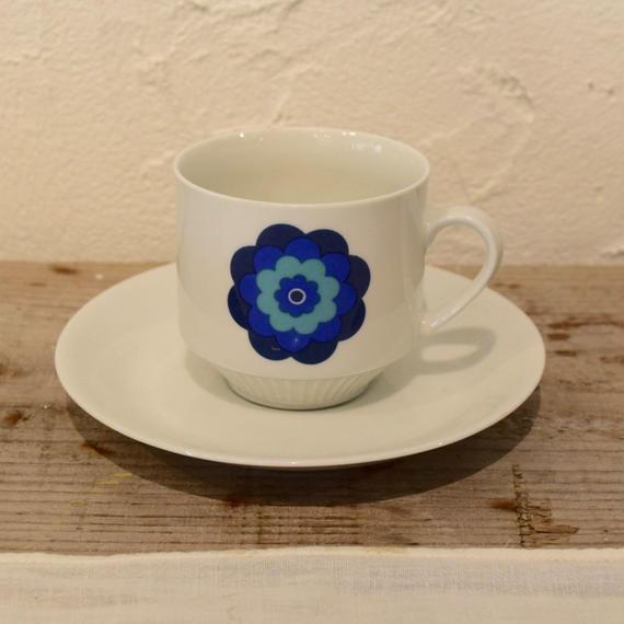 ドイツ 青いお花のカップ&ソーサー MITTERTEICH社