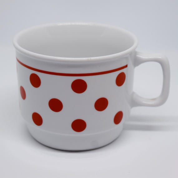 ハンガリー ジョルナイ 水玉マグカップ 赤