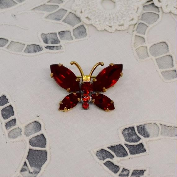 チェコ ガラスストーンブローチ 赤い蝶