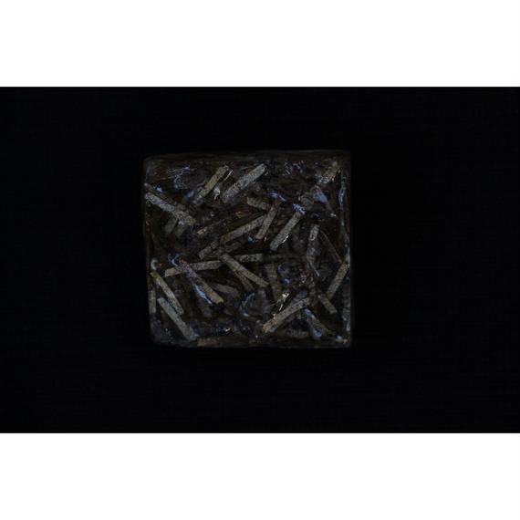 和紙と樹脂のブローチ PE-brooch-p43 pebbleworks