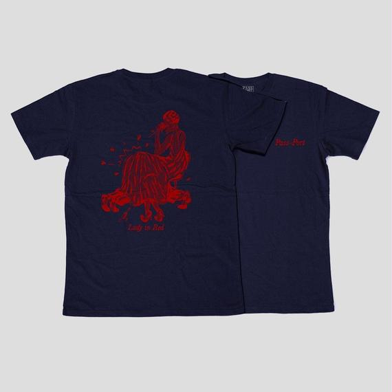 "PASS~PORT ""LADY IN RED"" TEE NAVY"