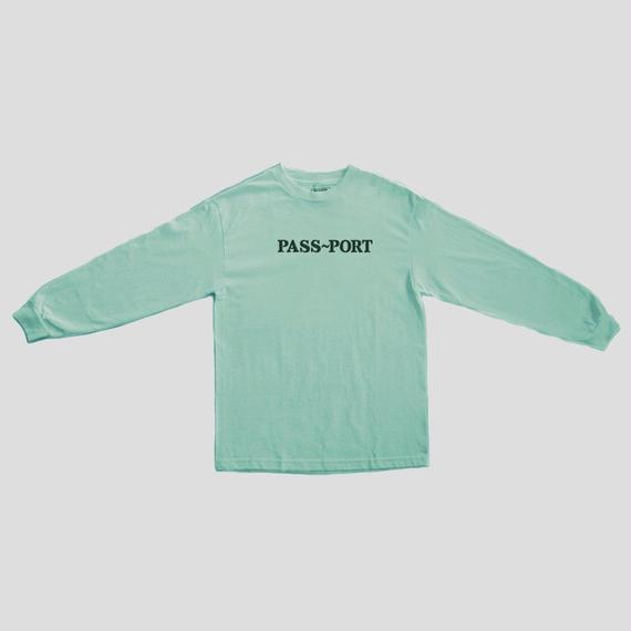 "PASS~PORT ""OFFICIAL EMBROID"" L/S TEE CELADON"