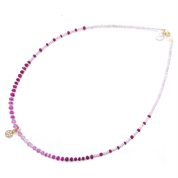 Ruby gradation necklace