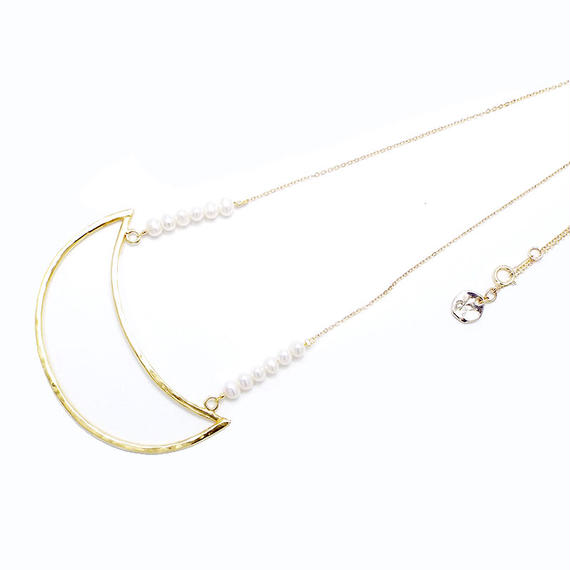 Gold moon pearl necklace