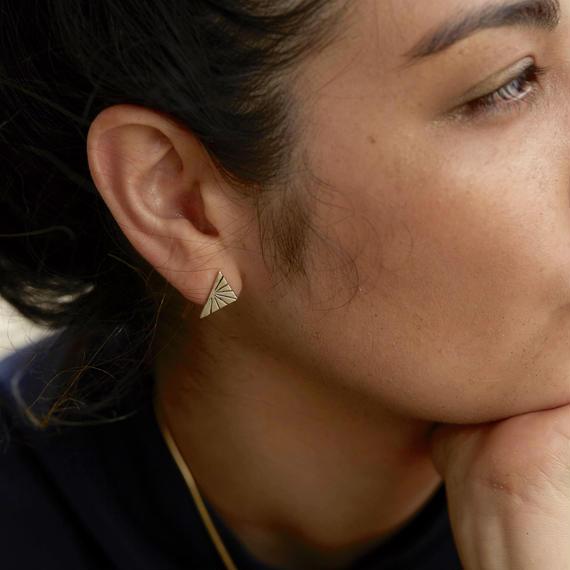 Sundial stud earring