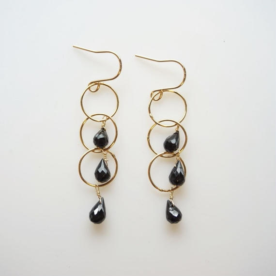 Black spinel ring earring