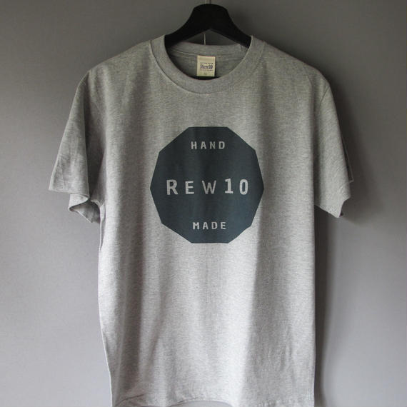 REW10 decagon  logo  T-shirt  (6.2oz)