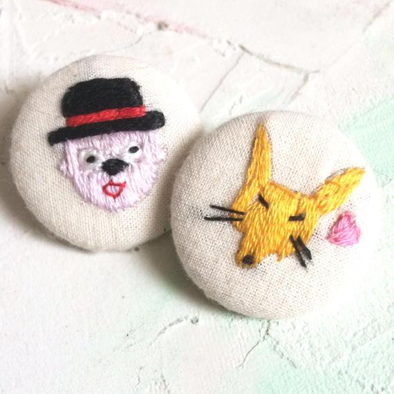 刺繍ボタン♡ こんこんず 2つセット☆