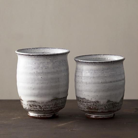 ◆◇陶器 萩焼 輪花◆◇ 組湯呑(木箱入) 白景山 作