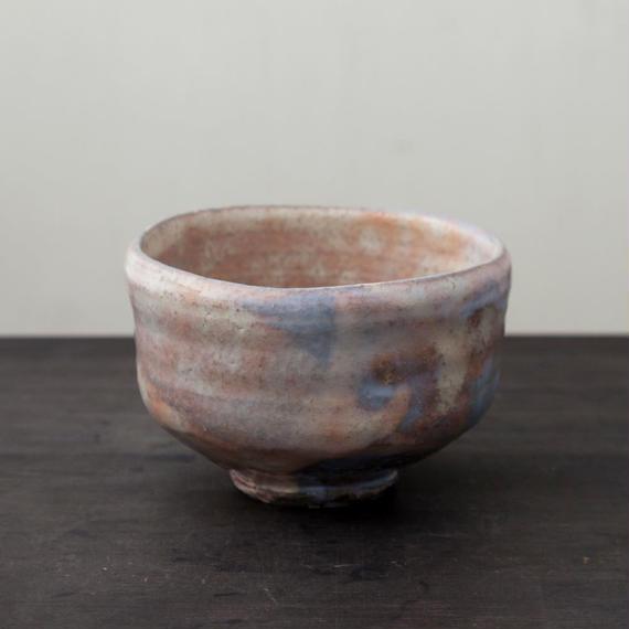陶器 萩焼 輪花 野点 抹茶碗(木箱入) 林紅陽 作