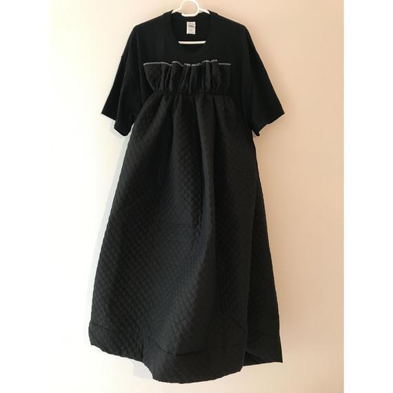 リメイクキルティングワンピース(ブラックTシャツ×ブラック)