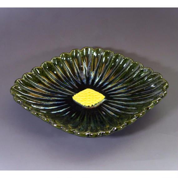 """""""Mukō-zuke"""" - Petite Plate  Chrysanthemum"""