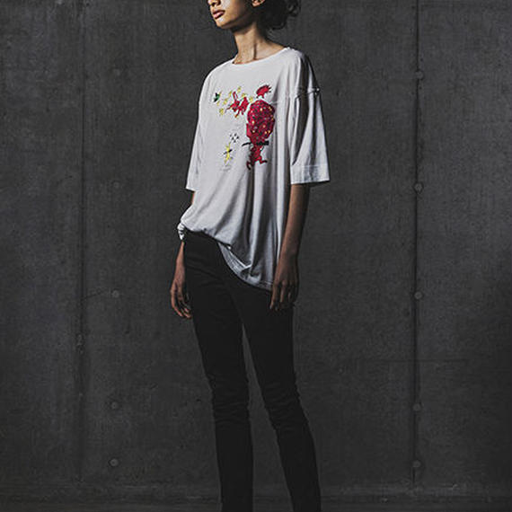 『全面うさぎ』Tシャツ ※予約商品