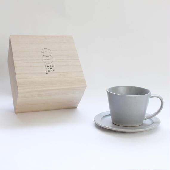 Sara Coffee Cup & Saucer (木箱入り)