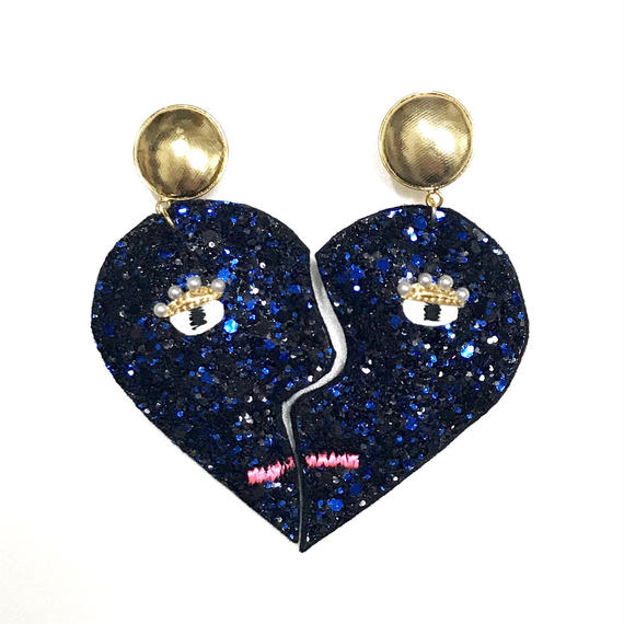 heart shape earrings(pierced earrings)/glitter blue