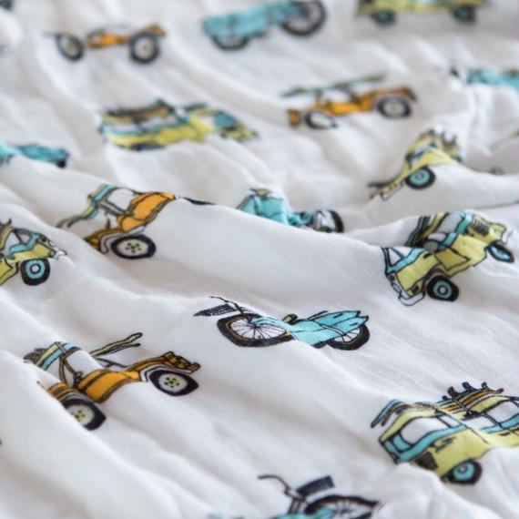 """Bamboo Swaddle """"Surf Mobiles"""" /  Coco Moon"""