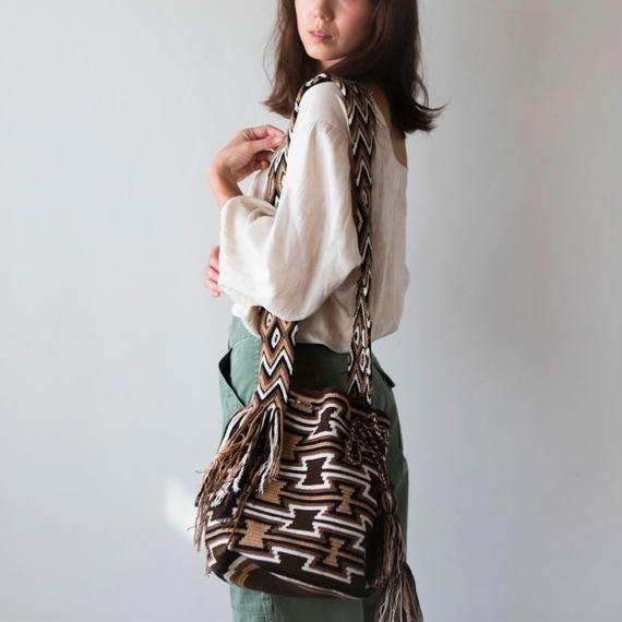 Wayuú Luxury Mochila- Dark Brown / Jardín del Cielo Dark Brown