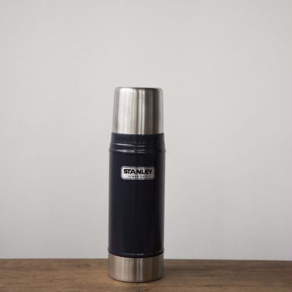 STANLEY Classic 0.75L  Vacuum Bottle - Navy