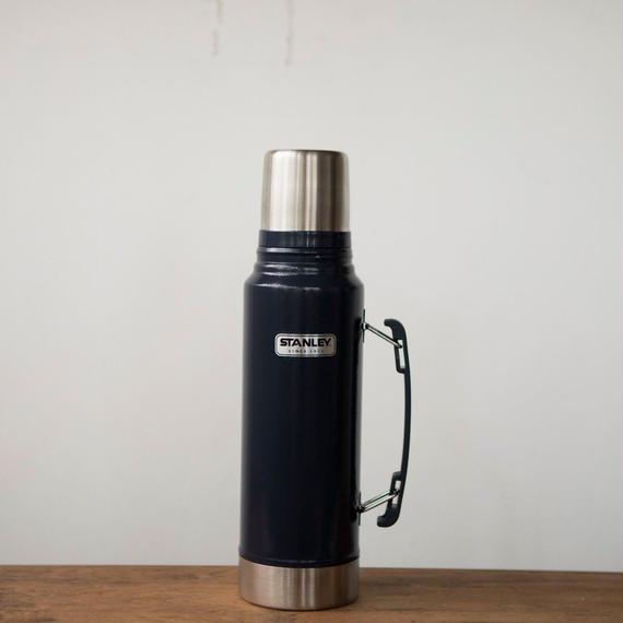 STANLEY Classic 1L Vacuum Bottle - Navy