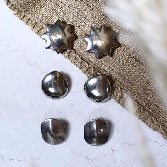 Dead stock motif earing (Round)