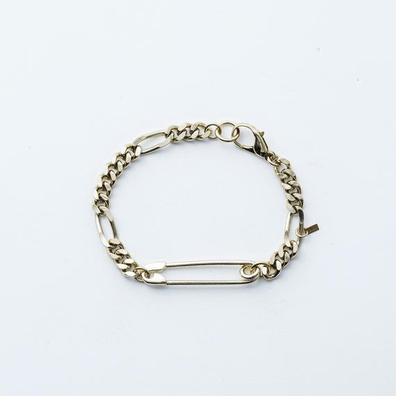 Safety pin chain bracelet