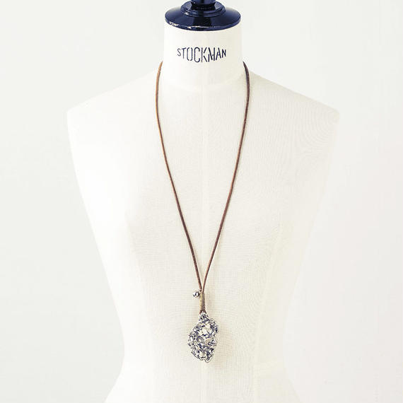 Surface leather necklace