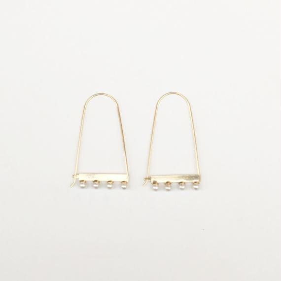 Polished pearl hook pierce (Gold)