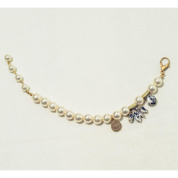 Shell pearl blacelet