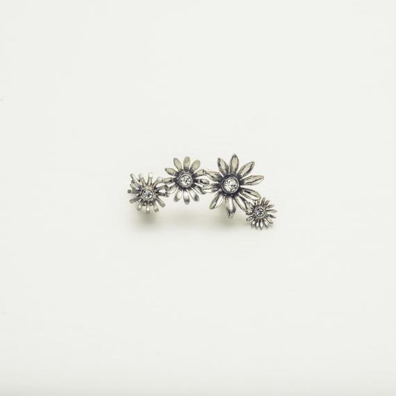 Metal flower earcuff (1P)